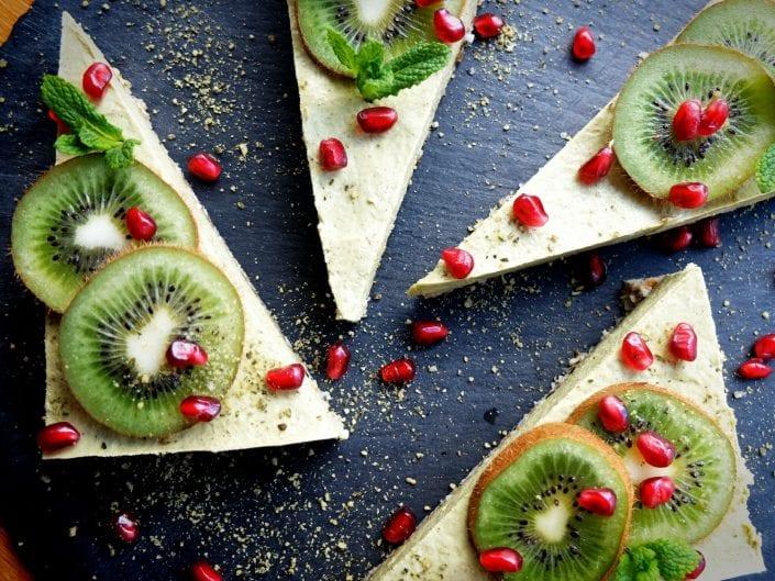 veganer Kiwi-Ingwer Rohkostkuchen
