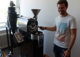 Jays Leidenschaft für guten Kaffee kann man in seinem Lübecker Café Marae erleben