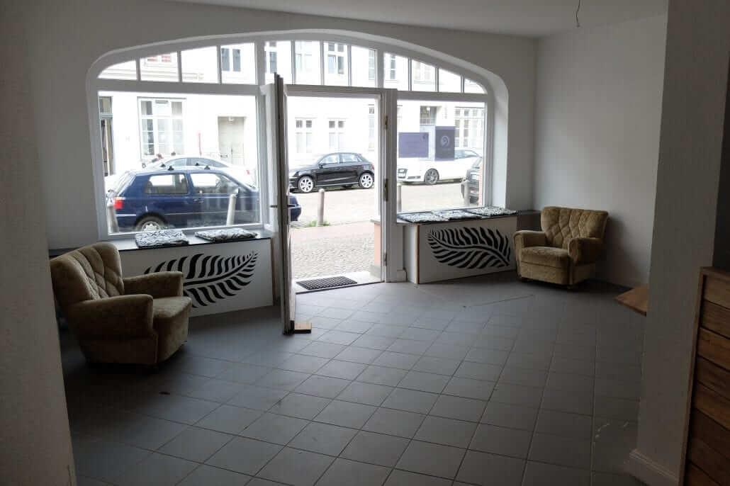 innenansicht_cafe_fensterplatz